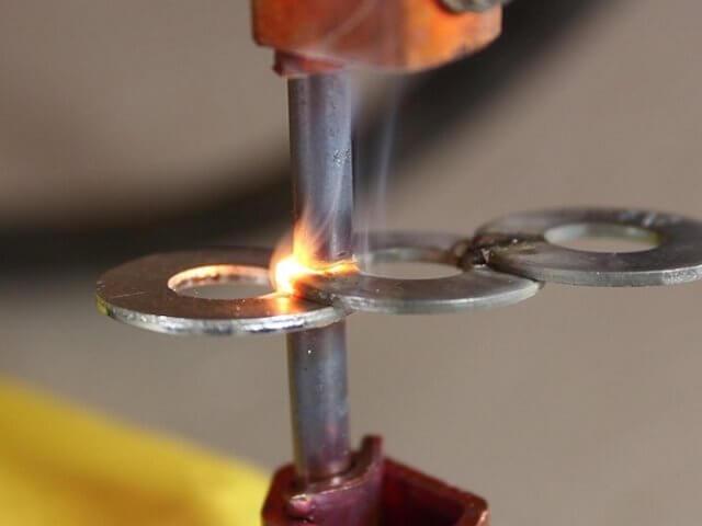 Image result for جوش مقاومتی و کاربردهای آن در صنعت